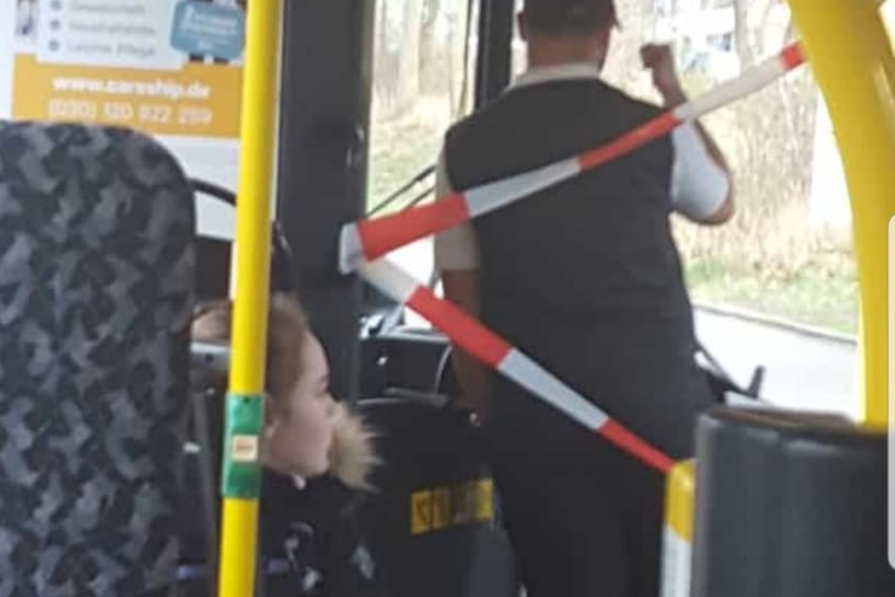 В Берлине  можно ездить в автобусе без билета