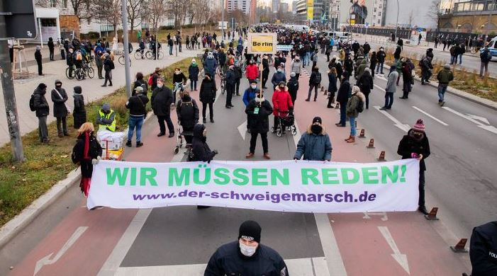 Протестуют против ограничений короны 20.12.2020