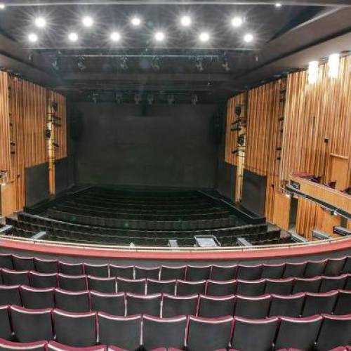 Берлинские театры и концертные залы закрыты до Пасхи.