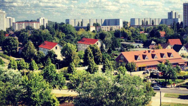 Берлин — Марцан — это больше, чем панельные здание и канатная дорога.